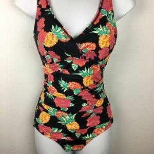 Sunseeker Swimsuit 8 Pineapple Floral Ruched Side
